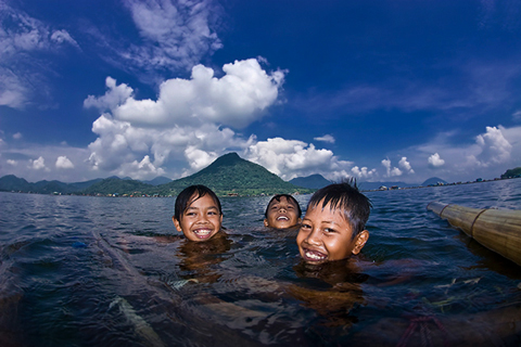 boys happiness in blue lake cloud of jatiluhur wes prakarsa rarindra