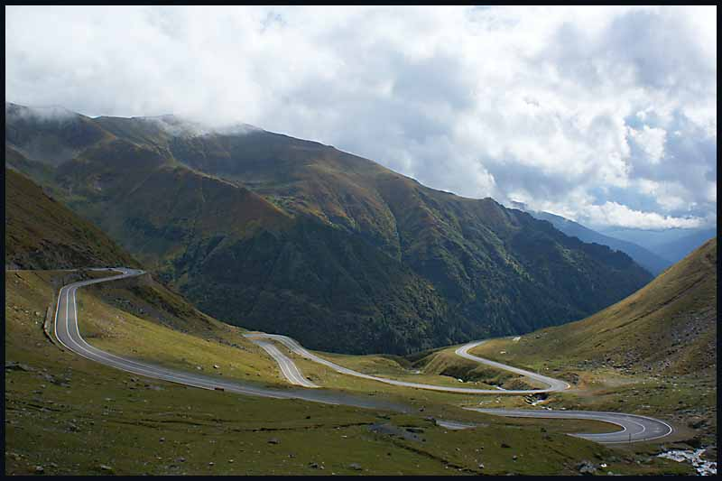 transfagarasan road transylvanian alps author d downs jim